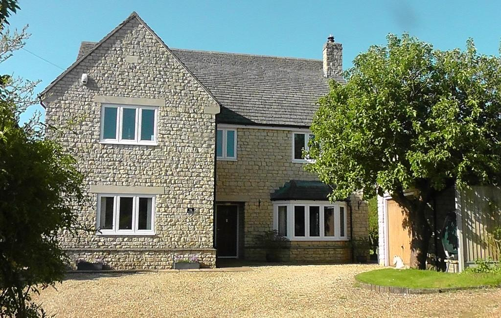 4 Bedrooms Detached House for sale in Cross Lane, Aldwincle