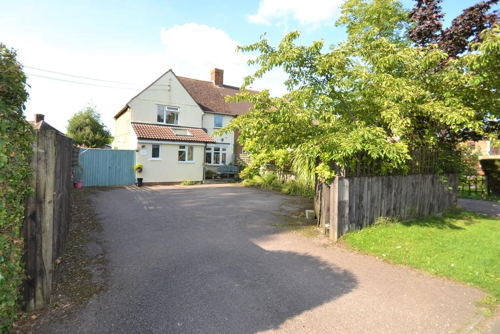 4 Bedrooms Semi Detached House for sale in West Street, Steeple Claydon, Buckingham