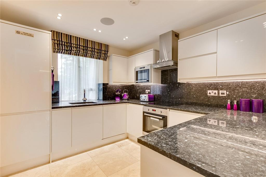3 Bedrooms Flat for sale in Bayswater Road, Bayswater, London