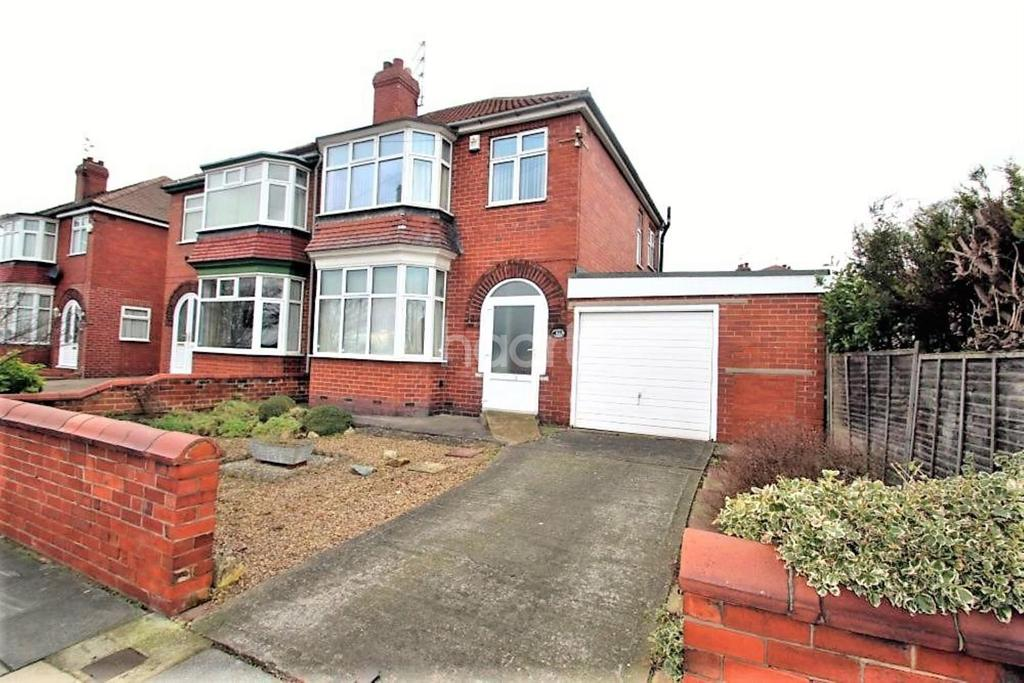 3 Bedrooms Semi Detached House for sale in Armthorpe Road, Wheatley Hills