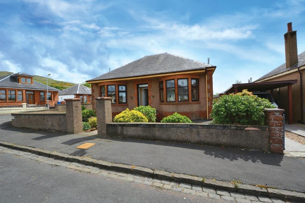 3 Bedrooms Detached Bungalow for sale in 22 Rankin Drive, Largs, KA30 9DA