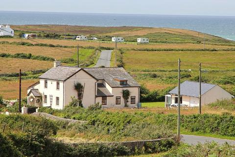 5 bedroom cottage for sale - Penrhos Feilw, Holyhead, North Wales