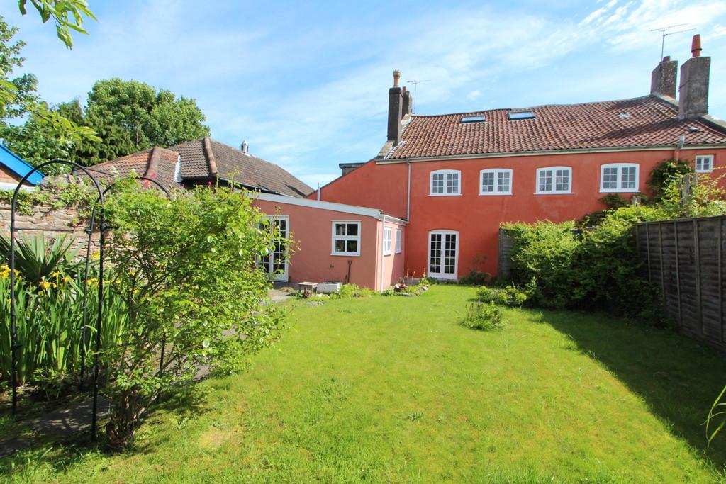 4 Bedrooms Semi Detached House for sale in Centre of Congresbury