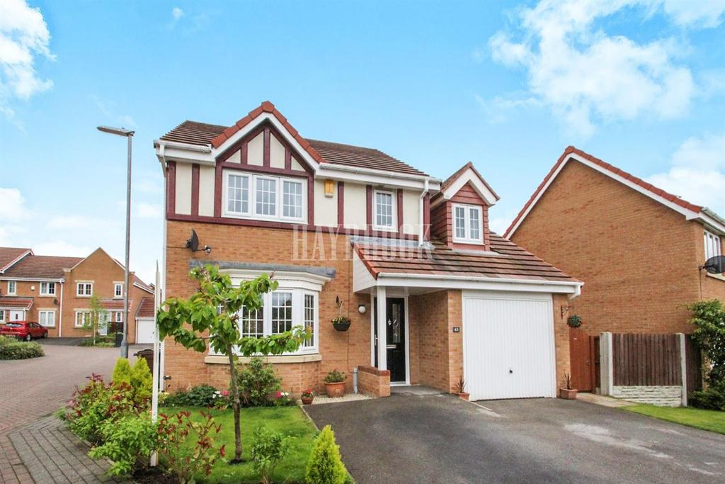 4 Bedrooms Detached House for sale in Inchburn Crescent, Penistone