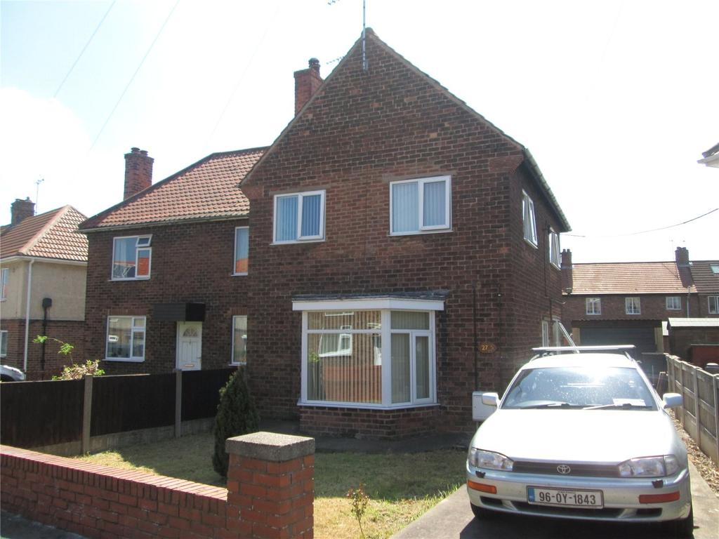 3 Bedrooms Semi Detached House for sale in Ramsden Avenue, Langold, Nottinghamshire, S81