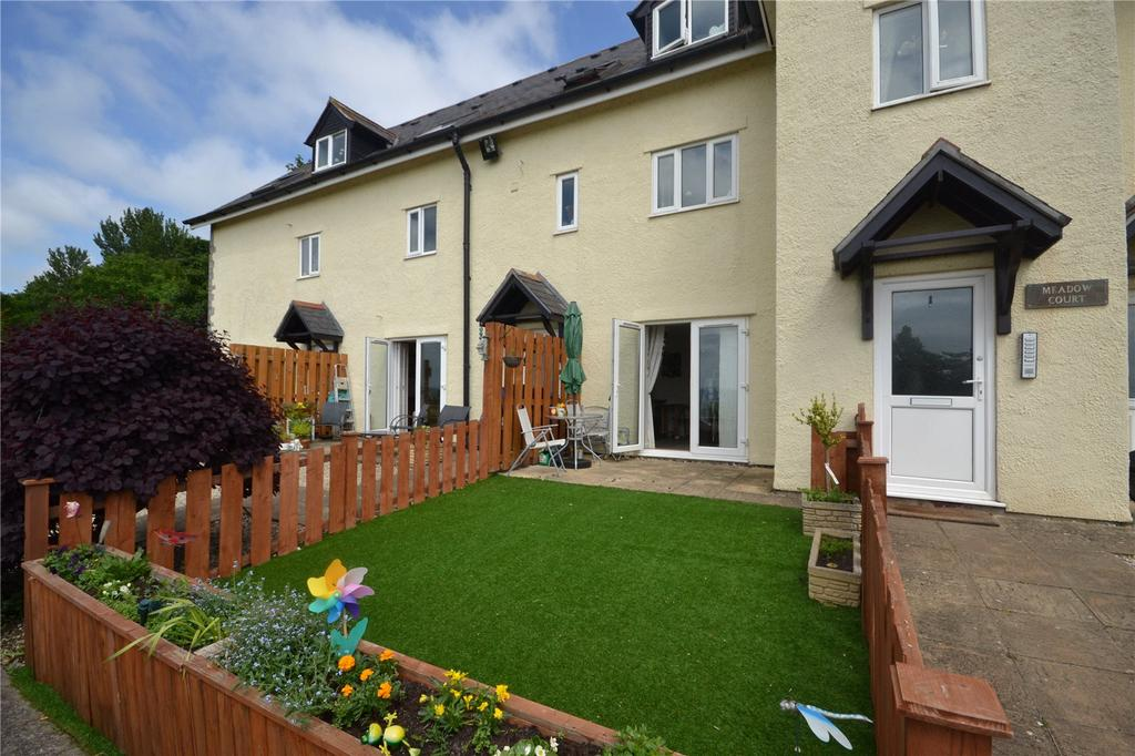 2 Bedrooms Apartment Flat for sale in Meadow Court, Bath Road, Bridgwater, Somerset, TA7