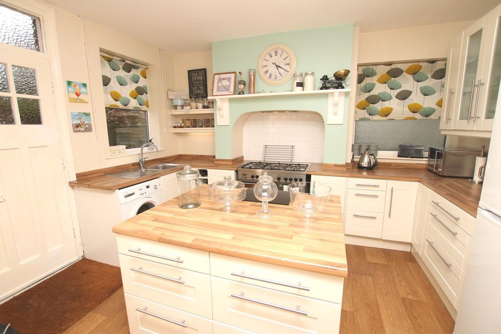 3 Bedrooms Detached House for sale in Burrowmoor Road, March