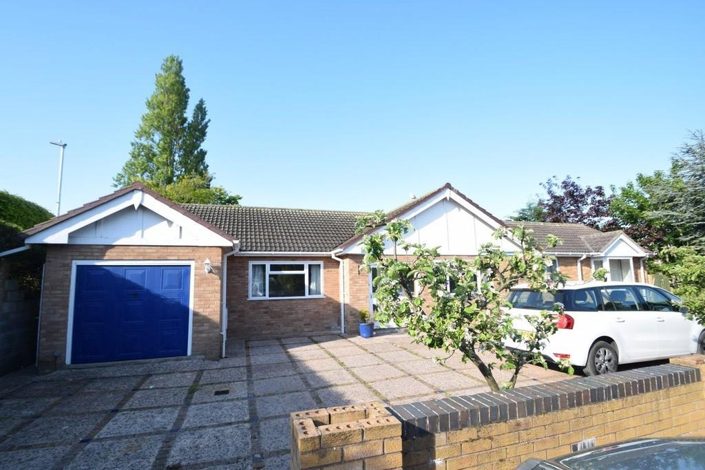 5 Bedrooms Detached Bungalow for sale in Woodlands, Conwy Town