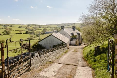 4 bedroom farm house for sale - Cwm Cannol