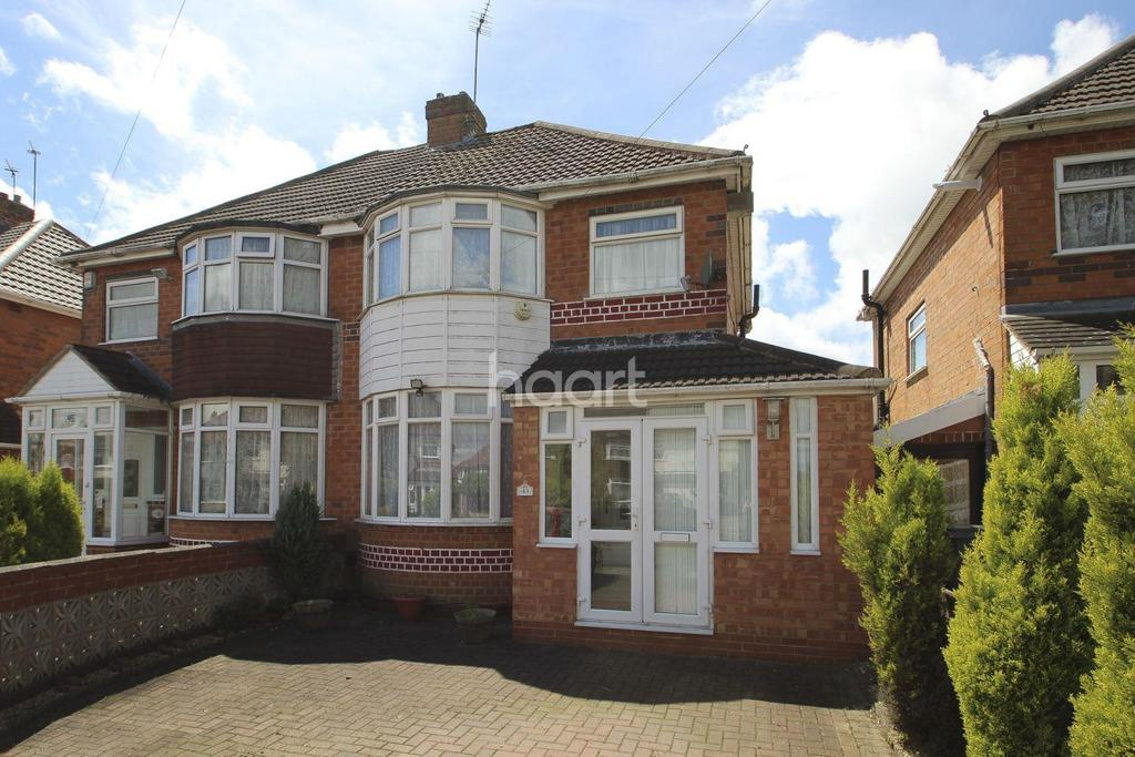 3 Bedrooms Semi Detached House for sale in Kingshurst Road, Northfield