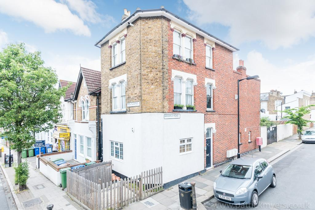 2 Bedrooms Flat for sale in Crystal Palace Road, East Dulwich