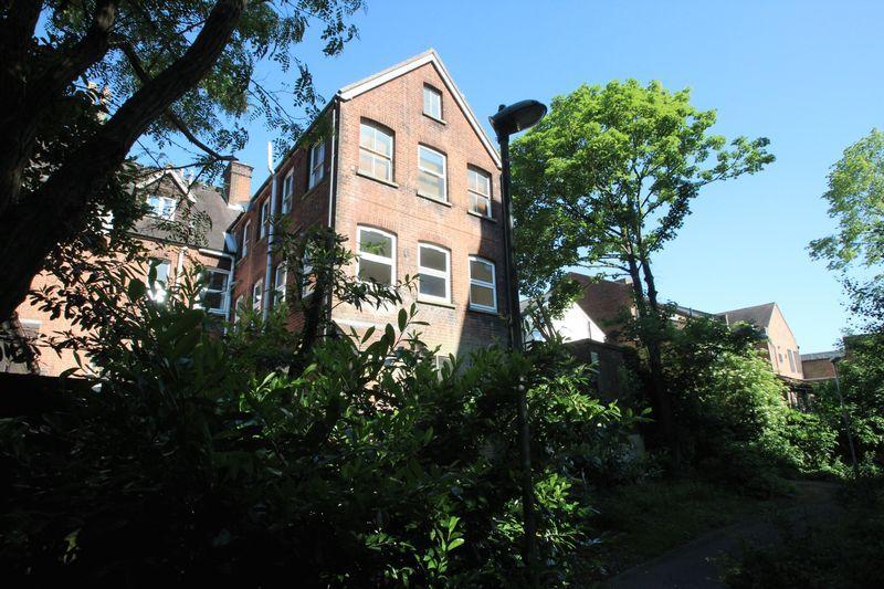 1 Bedroom Apartment Flat for sale in High Street, Tonbridge