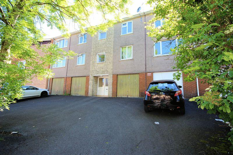 2 Bedrooms Apartment Flat for sale in Lynmouth Crescent, Cardiff
