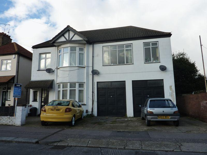 1 Bedroom Flat for sale in Rylands Road, Southend-On-Sea