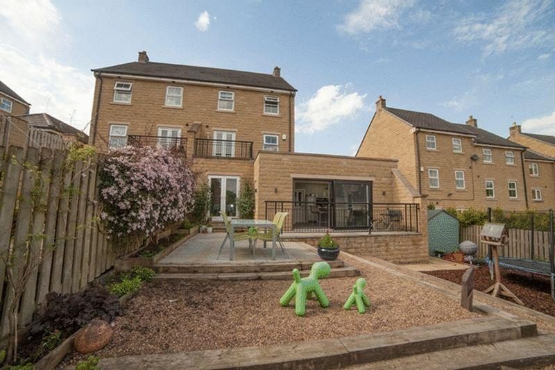 4 Bedrooms Semi Detached House for sale in Maltings Road, Fountain Head Village Halifax