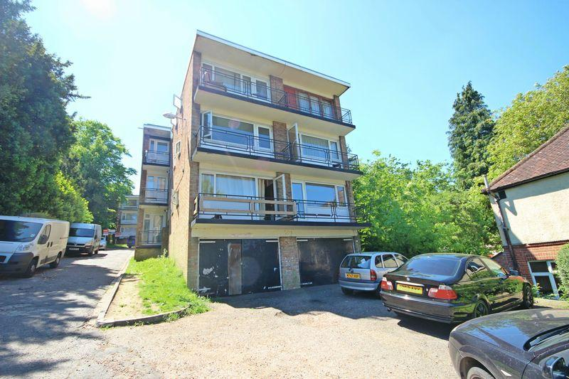 1 Bedroom Apartment Flat for sale in 2 Farley Lodge