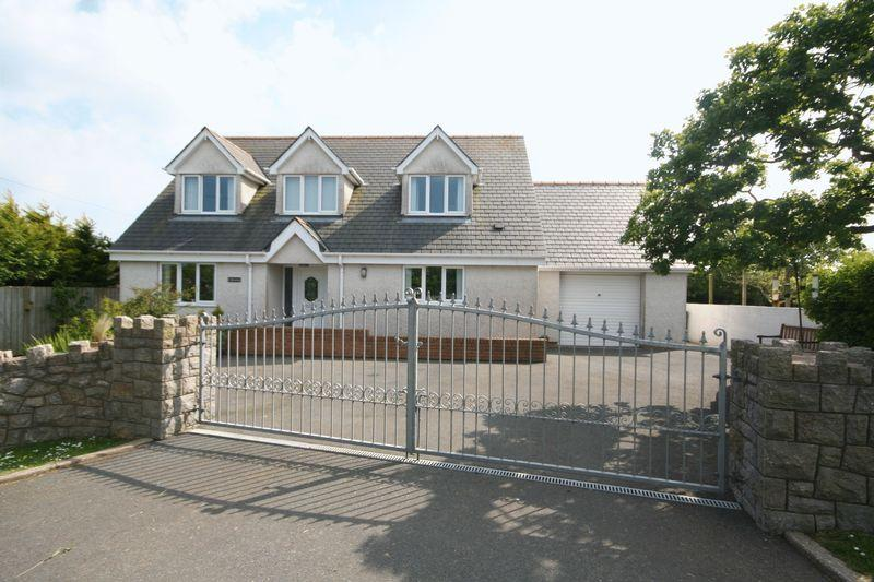 4 Bedrooms Detached House for sale in Bodedern, Anglesey
