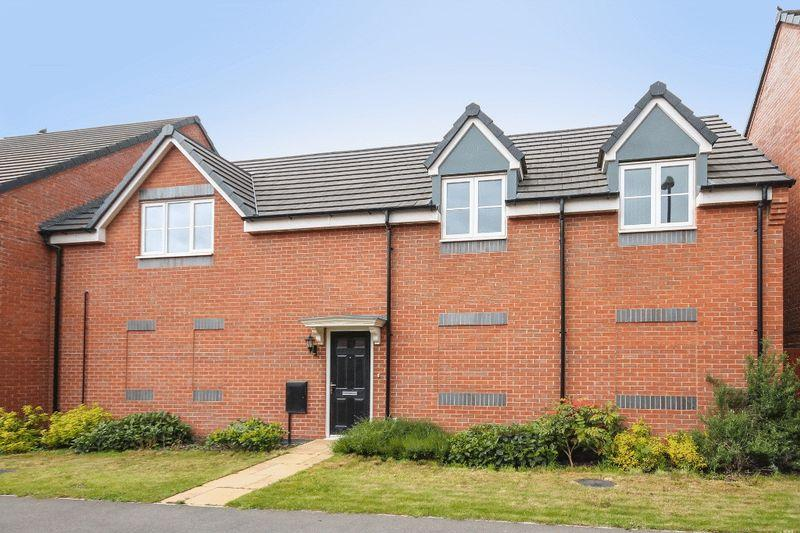 2 Bedrooms Apartment Flat for sale in MERTON DRIVE, HARLOW FIELDS, MACKWORTH