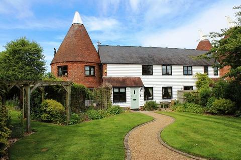 4 bedroom semi-detached house for sale - Nettlestead Green