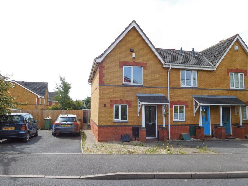 2 Bedrooms Semi Detached House for sale in Red Brook Road, Walsall