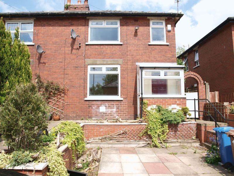 3 Bedrooms Semi Detached House for sale in Westward Ho, Milnrow, OL16 3JX