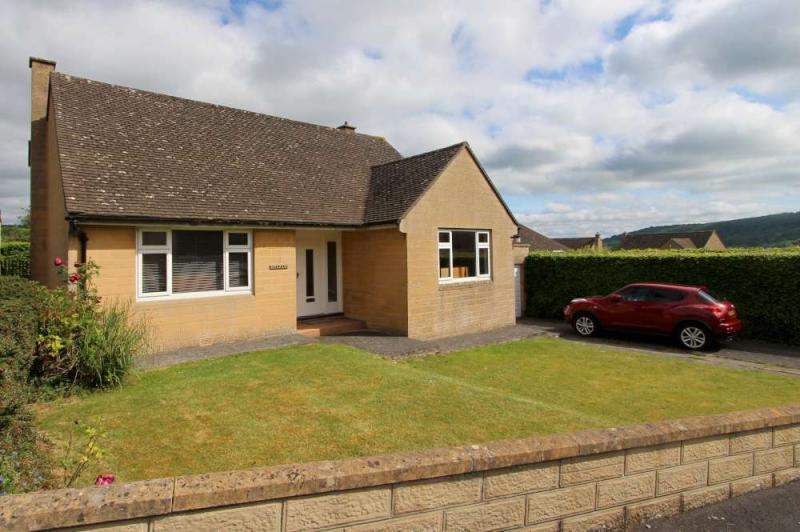 3 Bedrooms Detached Bungalow for sale in Batheaston