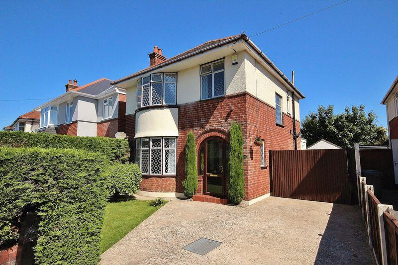3 Bedrooms Detached House for sale in Exton Road, Southbourne, Bournemouth