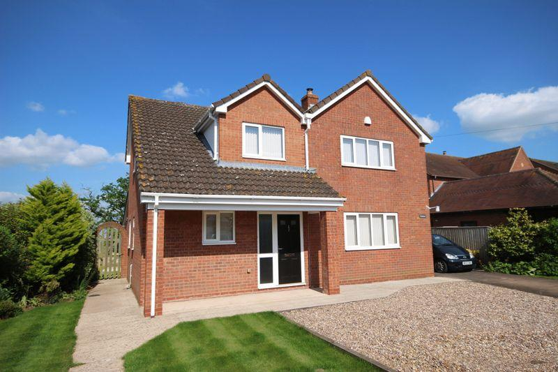 4 Bedrooms Detached House for sale in Kempley Green