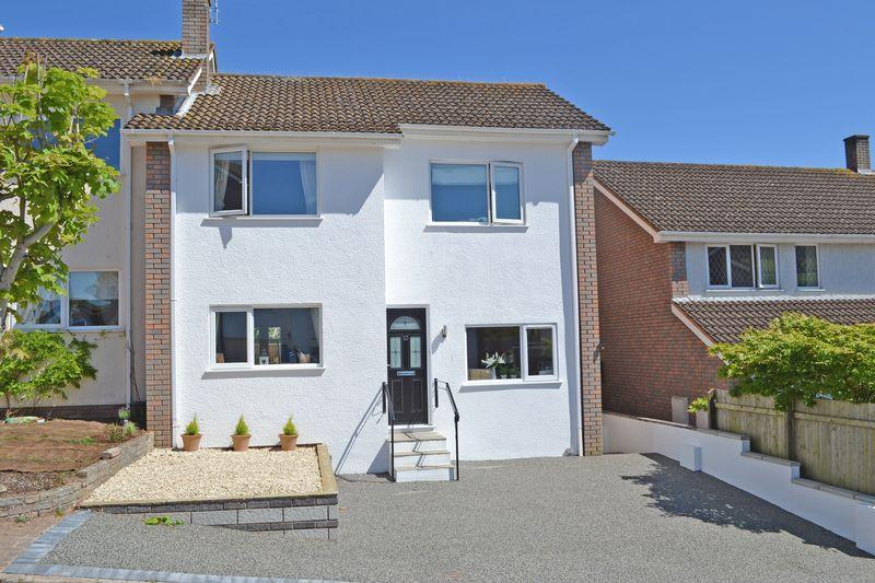 3 Bedrooms Semi Detached House for sale in Moor View Close, Sidmouth