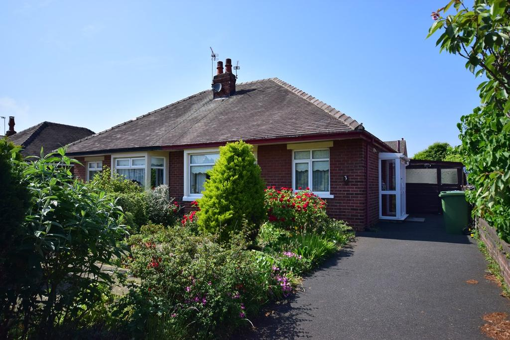 Mayfield Road Lytham St Annes Fy8 2 Bed Semi Detached