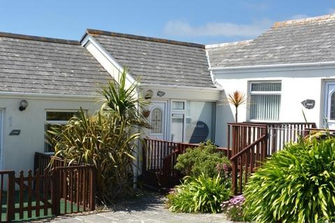2 bedroom bungalow for sale - KINGFISHER, 9 MULLION COVE BUNGALOWS, MULLION COVE, TR12