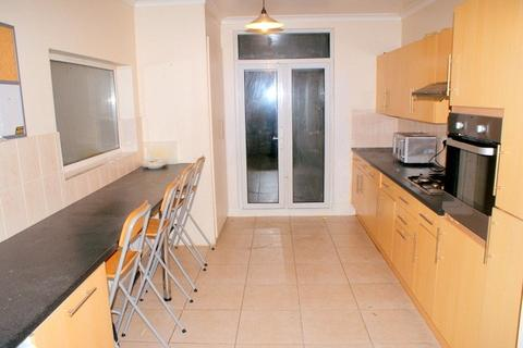 1 bedroom house share to rent - Lincoln Road, South norwood, London, SE25