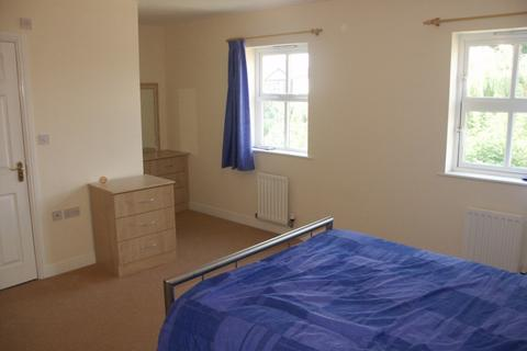 4 bedroom townhouse to rent - Hadfield Close Hadfield Close,  Manchester, M14