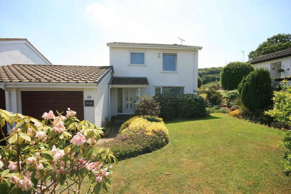3 Bedrooms Detached House for sale in Parc Sychnant, Conwy, LL32 8SB