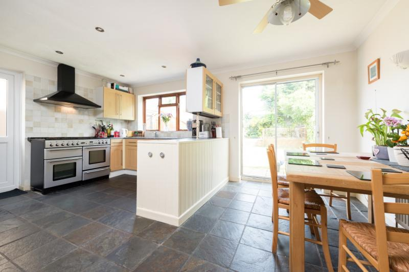 5 Bedrooms Semi Detached House for sale in Cranmer Road, Cowley, Oxford