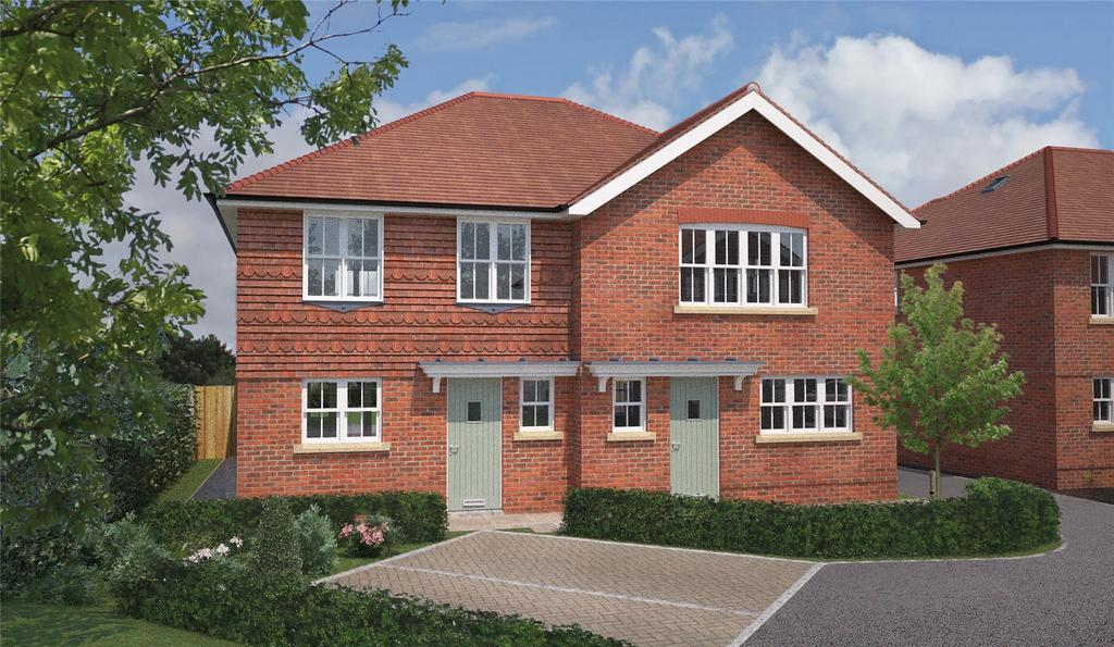 3 Bedrooms Semi Detached House for sale in Paddock Way, Alresford, Hampshire, SO24