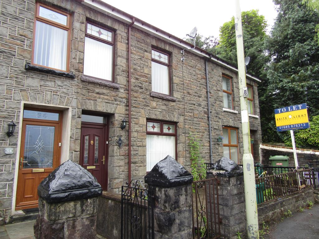 3 Bedrooms Terraced House for sale in Cemetery Rod, Aberdare CF44