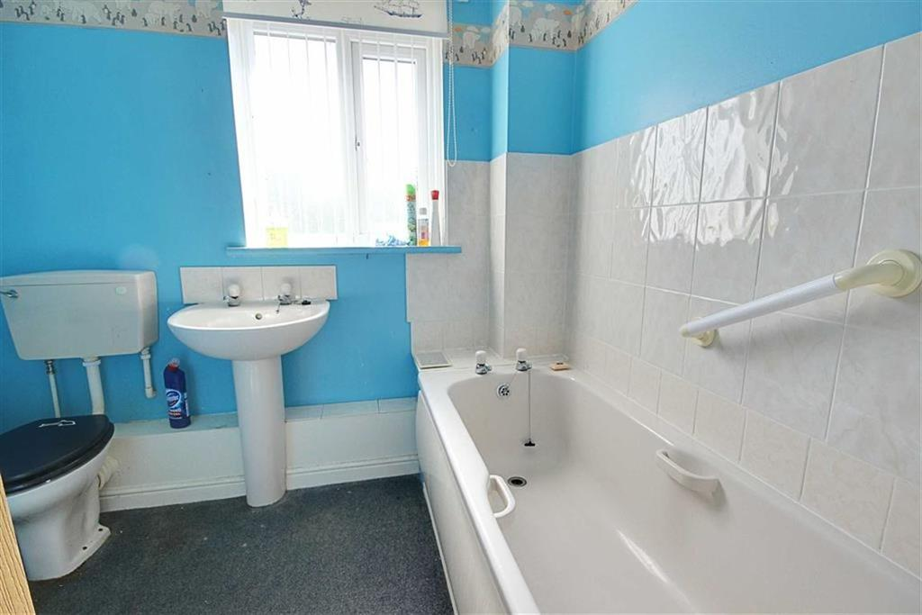 Brisbane street town end farm sunderland 3 bed terraced for Bathroom seconds brisbane