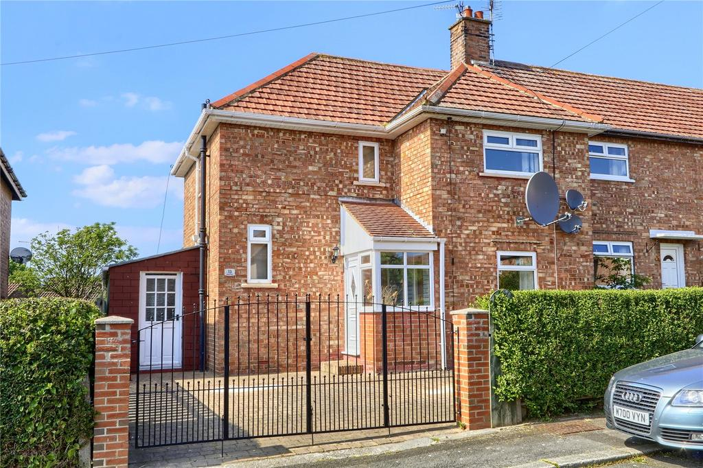 3 Bedrooms Semi Detached House for sale in Willow Road, Guisborough