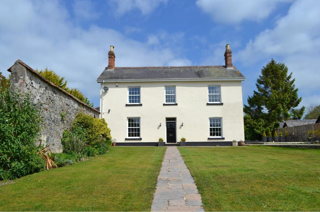 6 Bedrooms Detached House for sale in Landkey, Barnstaple