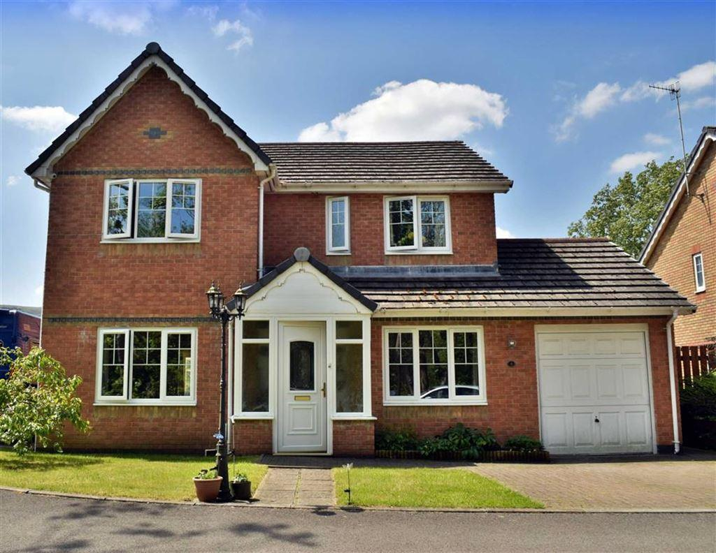 4 Bedrooms Detached House for sale in Orchard Drive, Robertstown, Aberdare