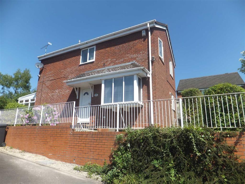 3 Bedrooms Detached House for sale in Beverley Avenue, Poplar Farm, Nuneaton, Warwickshire, CV10