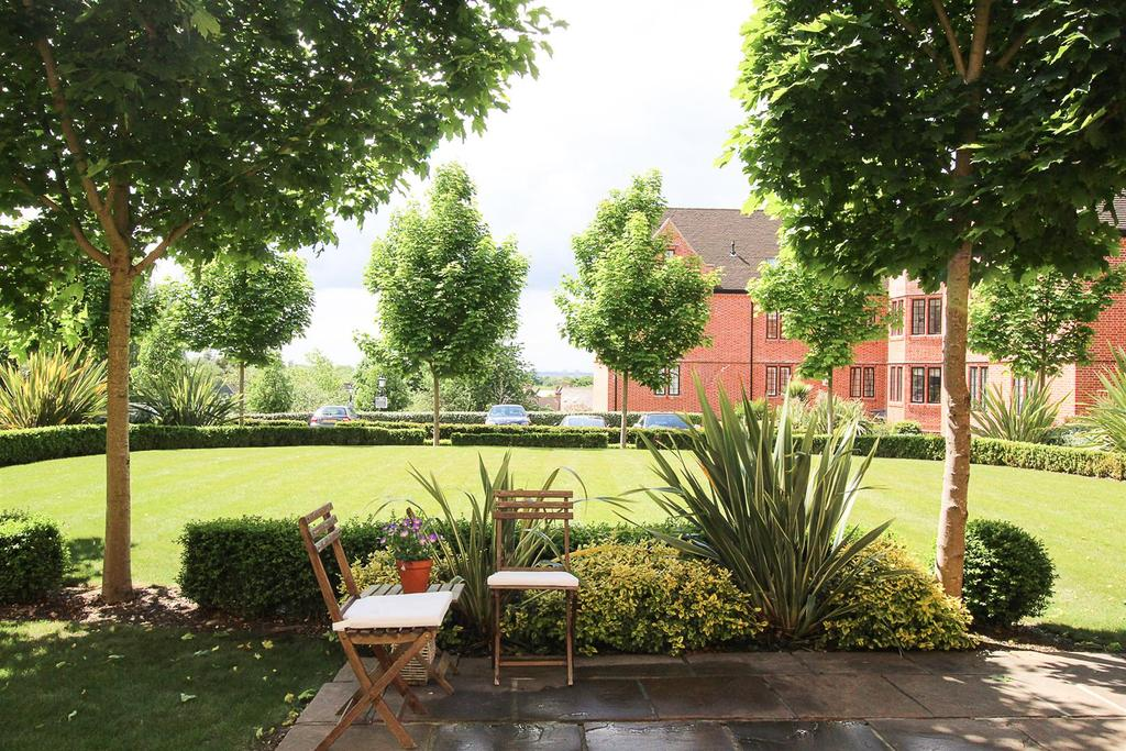 Properties For Sale In The Galleries Brentwood