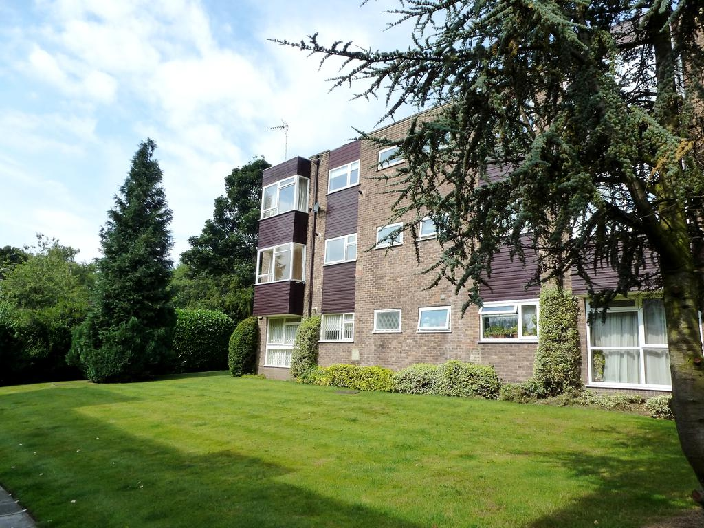 Apartment   Park Villas Leeds
