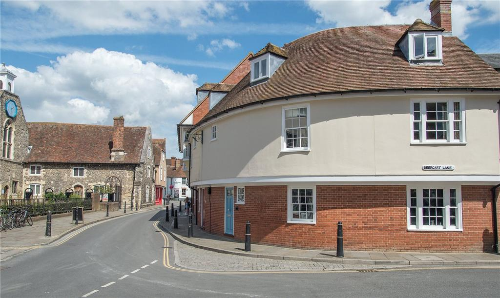 3 Bedrooms Town House for sale in Heritage Court, Stour Street, Canterbury, CT1