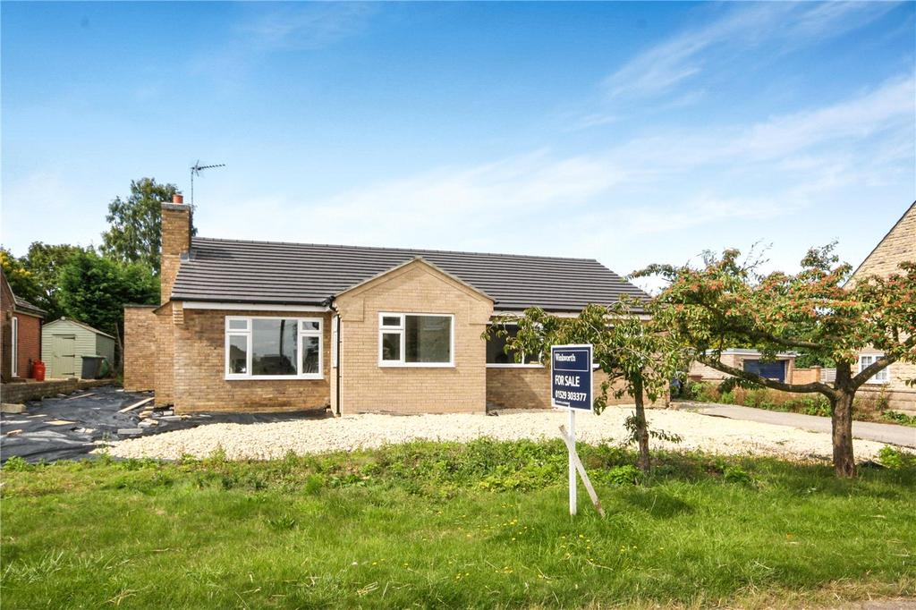 4 Bedrooms Detached Bungalow for sale in Main Street, North Rauceby, Sleaford, Lincolnshire, NG34