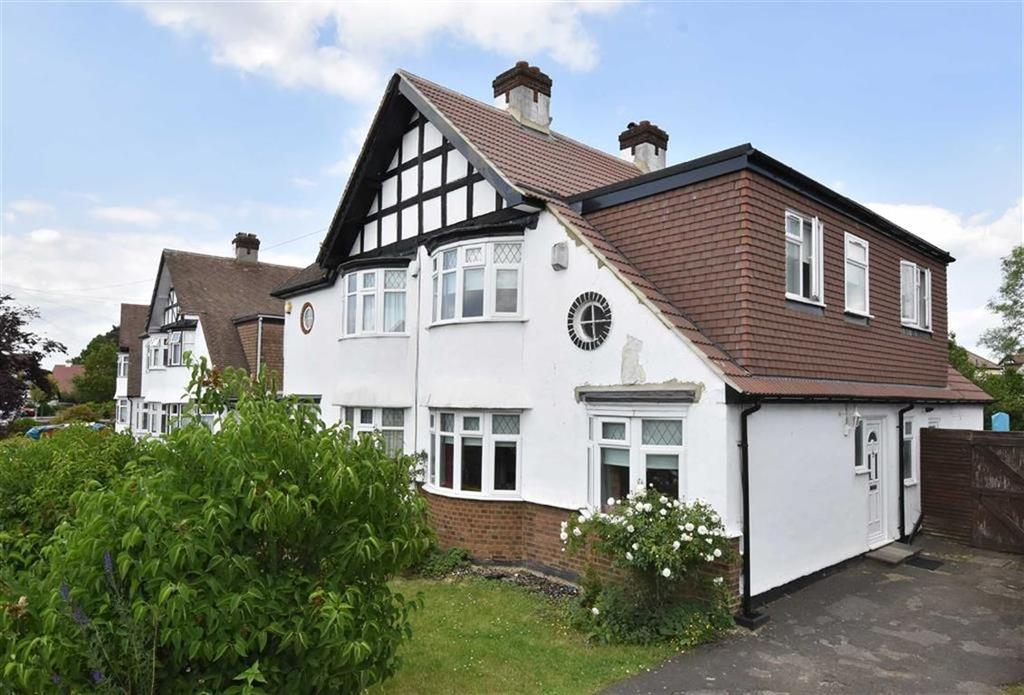 3 Bedrooms Semi Detached House for sale in The Fairway, Bickley, Kent
