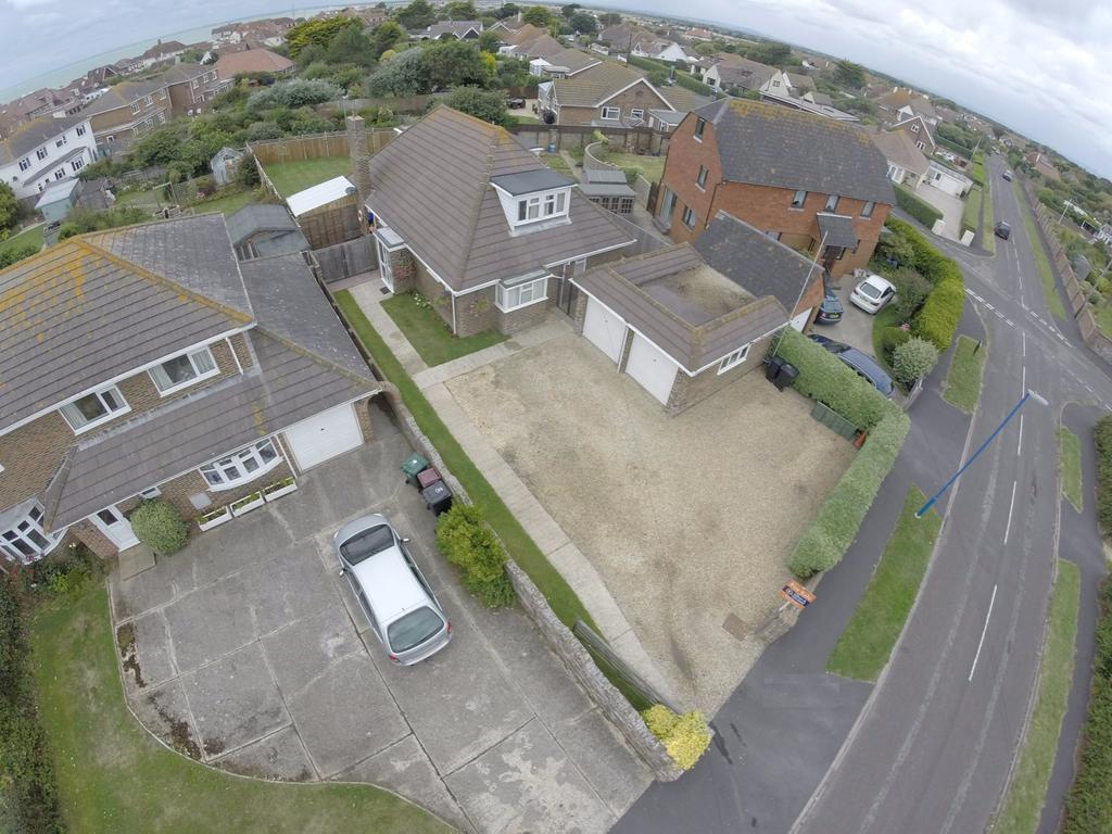 4 Bedrooms Chalet House for sale in Warner Road, Selsey