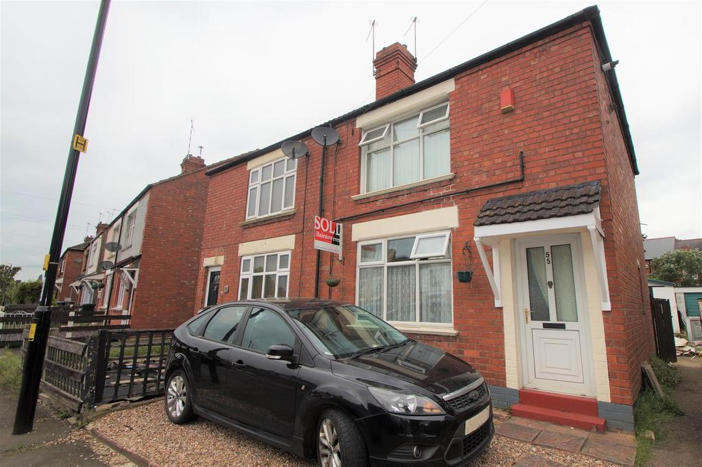 2 Bedrooms Semi Detached House for sale in Lawrence Saunders Road, Radford, Coventry