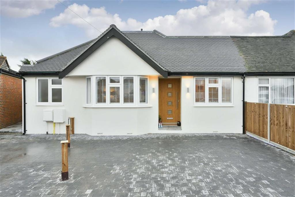 4 Bedrooms Semi Detached Bungalow for sale in Amis Avenue, West Ewell, Surrey